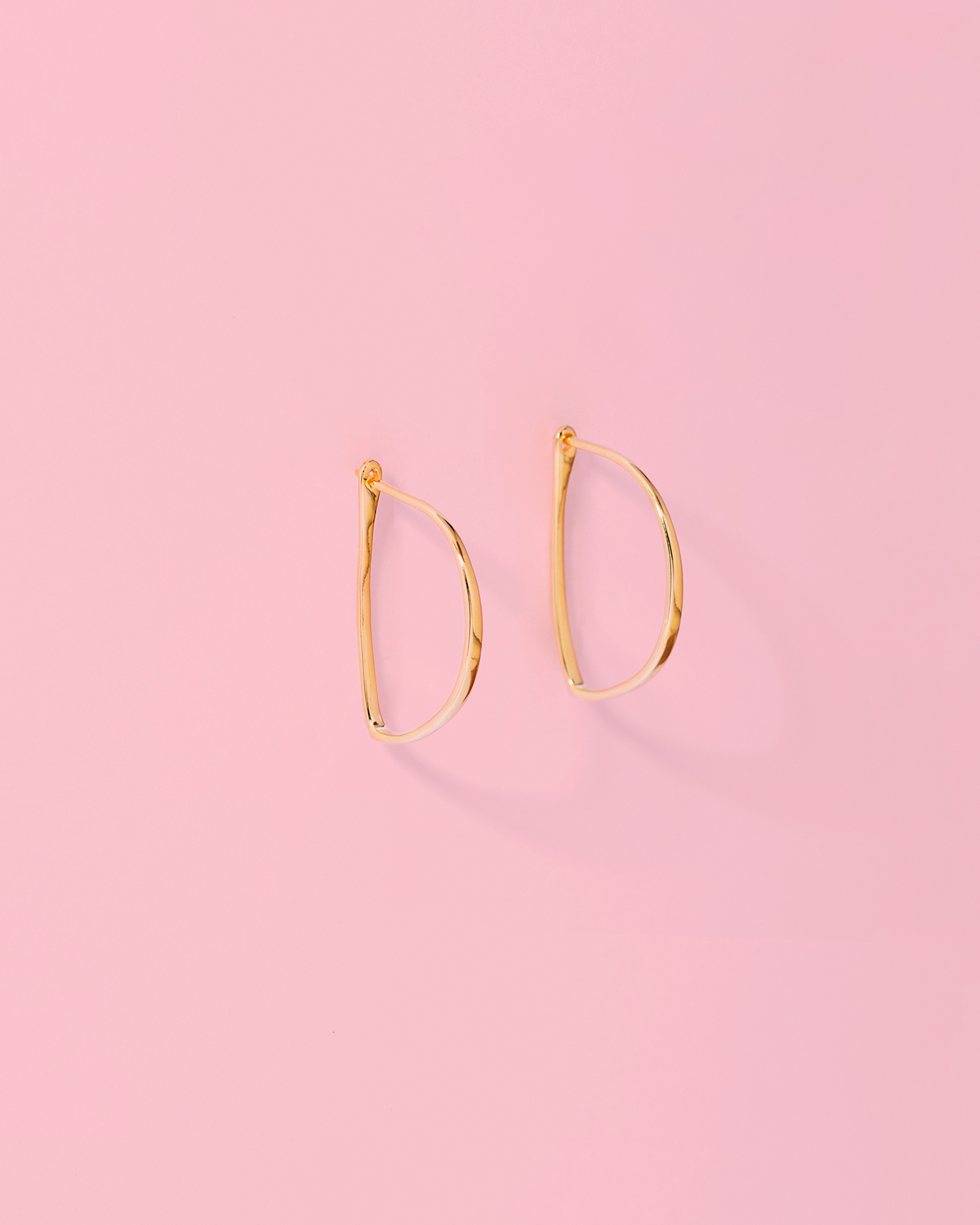 Hoop me not <br>gold-plated earrings